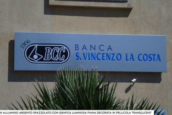 banca00471B18-362B-F0AA-9653-7ADB27203916.jpg