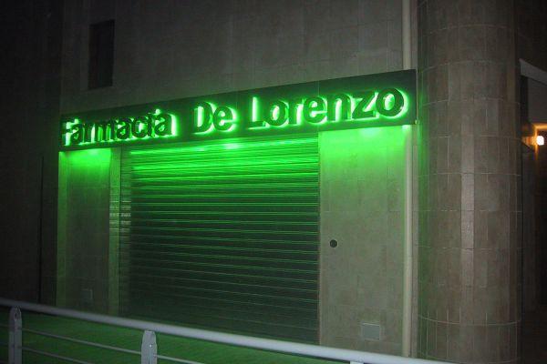 de-lorenzo-notte40E334BB-AA1B-2D29-C6A1-BC8A5C02B047.jpg