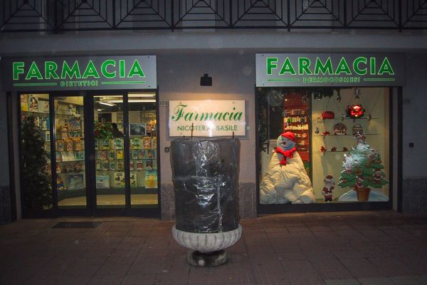farmacia-nicotera3F072217C-6CB3-B277-2A79-6F5F31DF3F2E.jpg