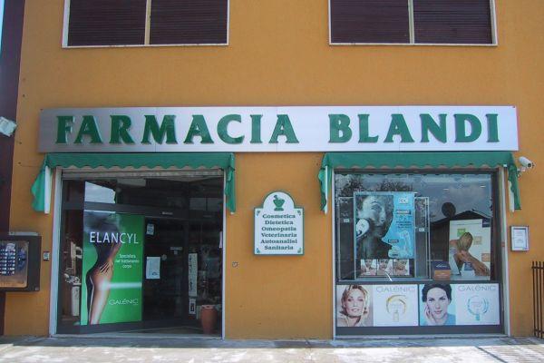 farmaciablandiA5A60965-C3AE-F6FA-EC5E-EB1E330DF978.jpg