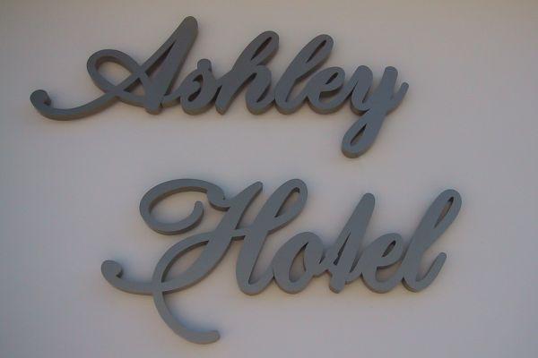 ashely-hotel142E036F4-981D-732C-3502-9C9844F0262C.jpg