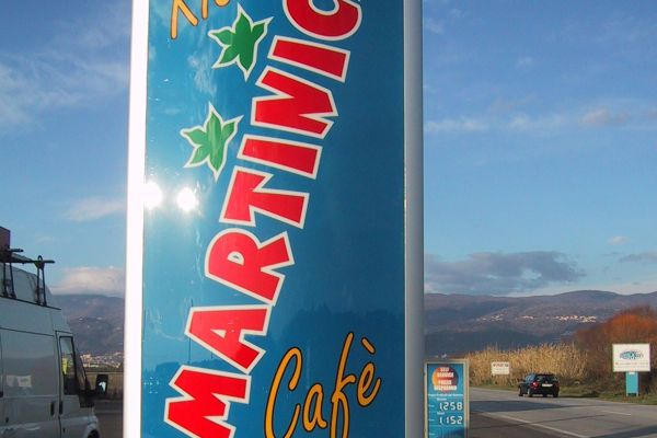 totem-martinica3344C1D0B-4340-A7AB-B2C8-581C85AFB85E.jpg